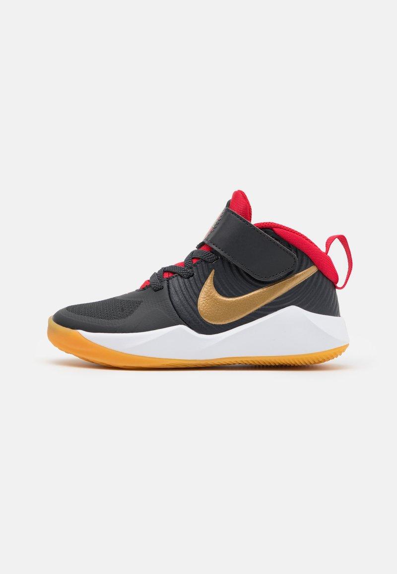 Nike Performance - TEAM HUSTLE 9 UNISEX  - Basketball shoes - dark smoke grey/metallic gold