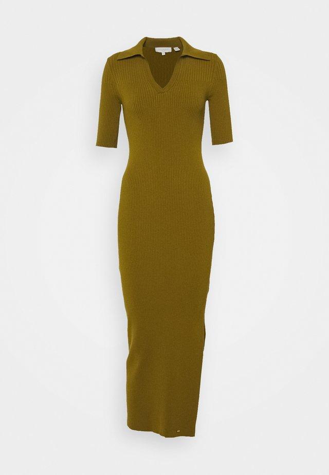 PILEEPA - Gebreide jurk - khaki