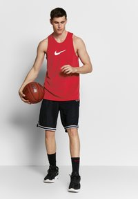 Nike Performance - DRY CROSSOVER - Tekninen urheilupaita - university red/white - 1