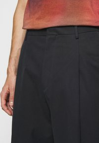 Paul Smith - GENTS FORMAL TROUSER - Kalhoty - black - 3