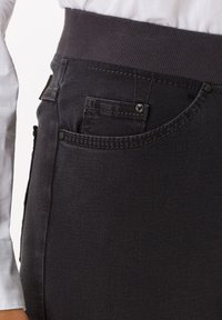 BRAX - STYLE PAMINA - Slim fit jeans - anthra - 2