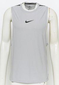 Nike Performance - TANK  - Top - smoke grey/black - 6