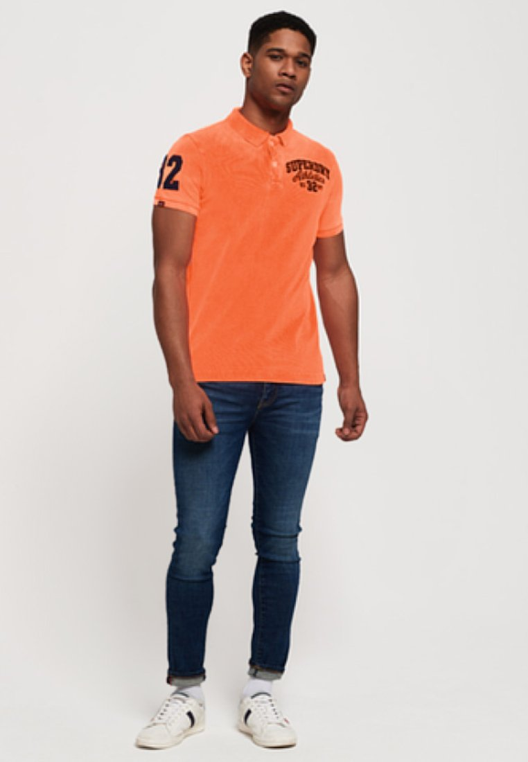 Superdry CLASSIC SUPERSTATE  - Polo - neonorange