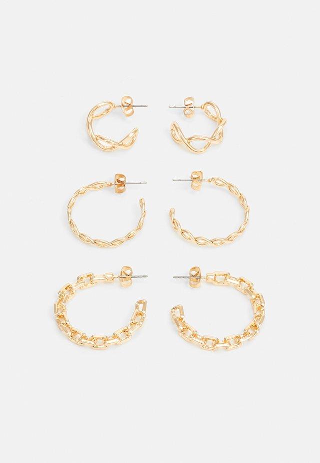 PCFIONNA EARRINGS 3 PACK - Øredobber - gold-coloured