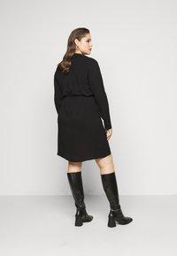 Vero Moda Curve - VMSAGA DRESS  - Shirt dress - black - 2