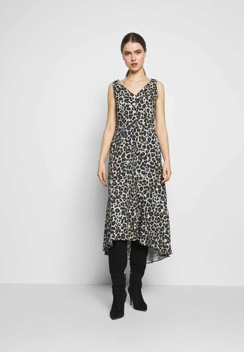 STUDIO ID - JULE DRESS - Denní šaty - beige