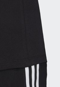 adidas Originals - 3-STRIPES T-SHIRT - T-shirts print - black - 6