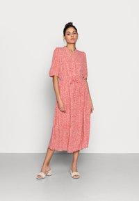Moss Copenhagen - CLOVER 2/4 DRESS - Day dress - faded rose - 0