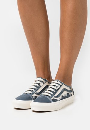 OLD SKOOL TAPERED X ECO THEORY - Trainers - dress blues/natural