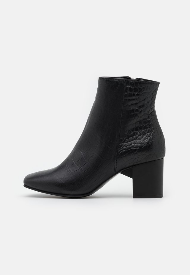 SLFZOEY CROCO BOOT  - Bottines - black