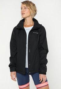 Vaude - WOMENS ESCAPE BIKE LIGHT JACKET - Waterproof jacket - black - 0