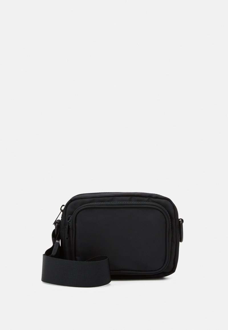 Monki - JINDER BAG - Skulderveske - black nylon