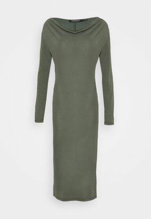 WATERFALL DRESS - Shift dress - climbing ivy