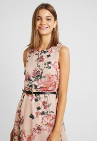 Vero Moda - VMSUNILLA SHORT DRESS - Day dress - sunilla - 3