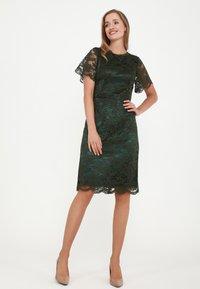 Madam-T - HERMIDA - Cocktail dress / Party dress - grün - 3