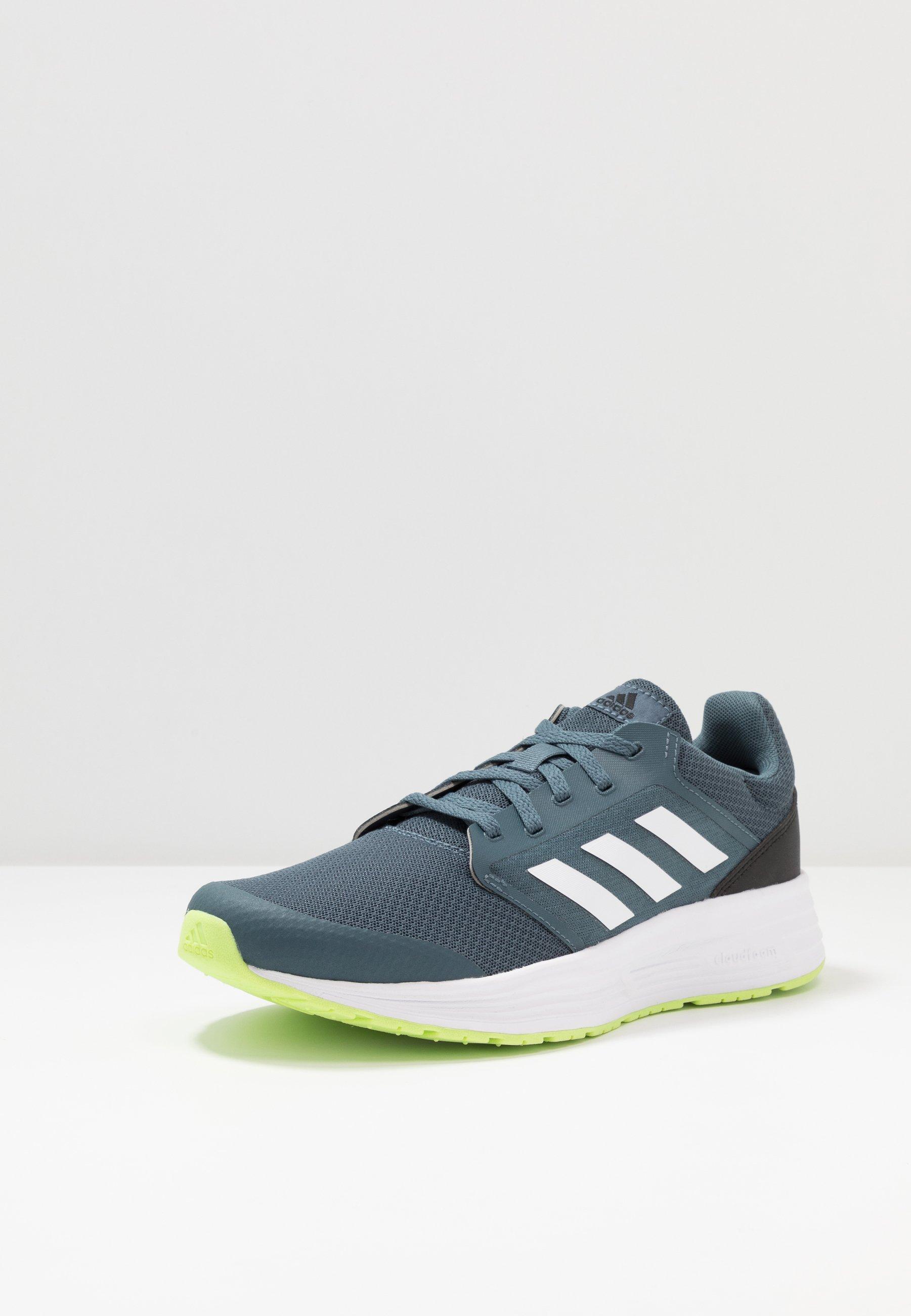 adidas Performance GALAXY CLASSIC CLOUDFOAM SPORTS RUNNING SHOES - Nøytrale løpesko - scarlet/footwear white/core black