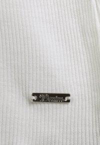 TOM TAILOR DENIM - LONGSLEEVE WITH MOCK NECK - Topper langermet - off white - 2