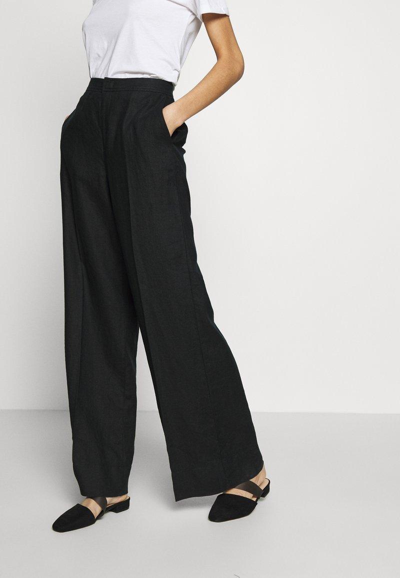 Benetton - TROUSERS - Kalhoty - black