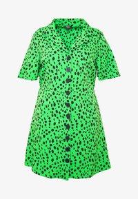 Simply Be - BUTTON THROUGH DRESS - Skjortekjole - green - 3