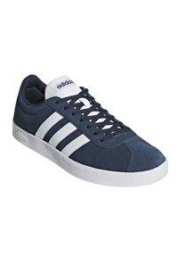 adidas Originals - Trainers - conavy/ftwwht/ftwwht - 1