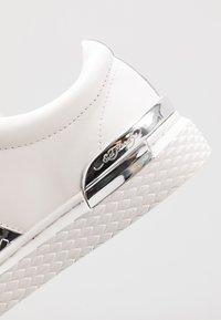 Ed Hardy - STRIPE METALLIC - Sneakers - white/silver - 5