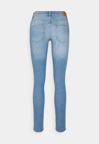 ONLY - ONLANNE LIFE MID SKINNY  - Jeans Skinny Fit - light blue denim - 6