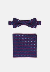 Only & Sons - ONSTOBIAS BOW TIE BOX HANKERCHIE SET - Pocket square - copen blue - 1