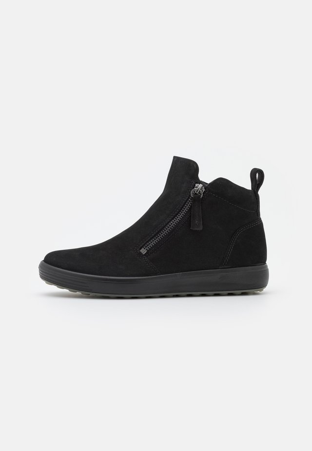 SOFT - Korte laarzen - black