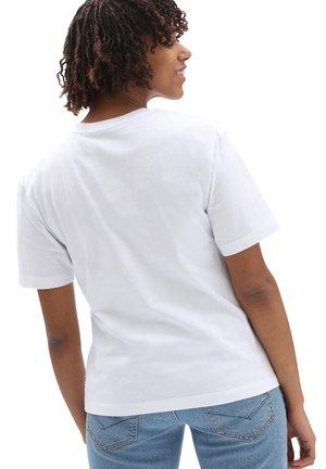 WM CLASSIC PATCH POCKET - Basic T-shirt - white