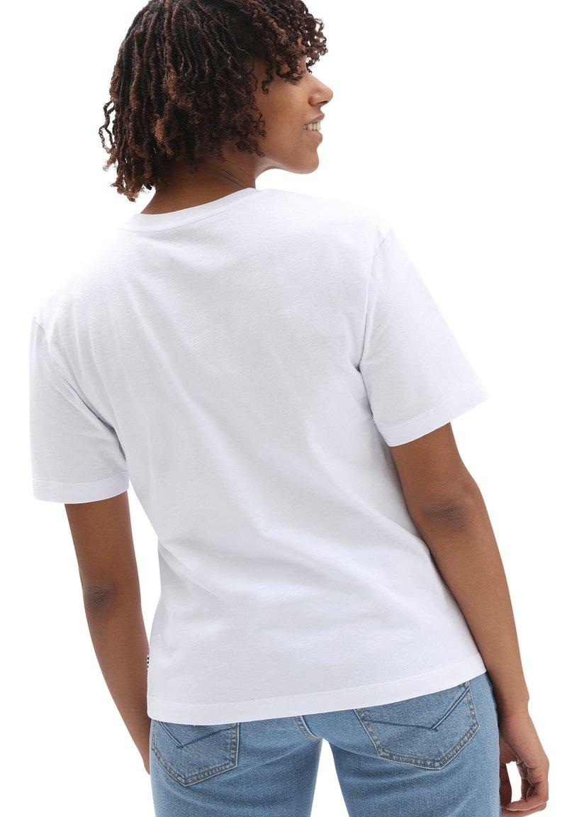 Vans - WM CLASSIC PATCH POCKET - Print T-shirt - white