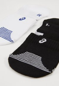 ASICS - CUSHIONING SOCK 2 PACK  - Sports socks - performance black/brilliant white - 2