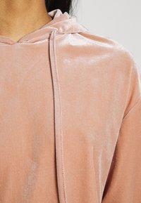 Pieces - PCGIGI HOODIE - Sweatshirt - misty rose - 6