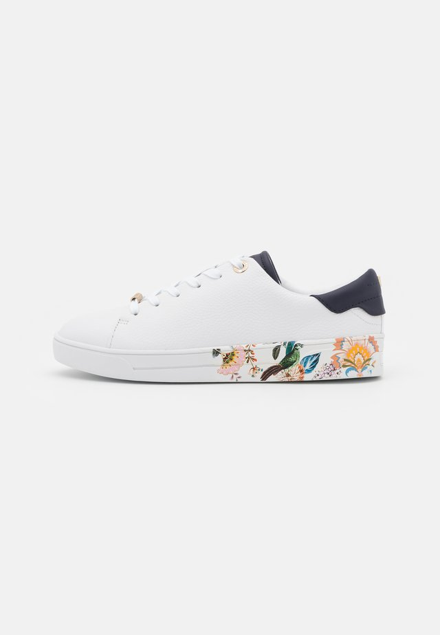 AZELEA - Sneakersy niskie - white