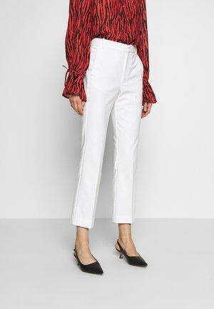 ZELLA KICKFLARE PANT - Trousers - white smoke