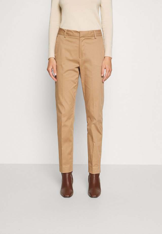 DREW COLE PANT - Trousers - burro camel