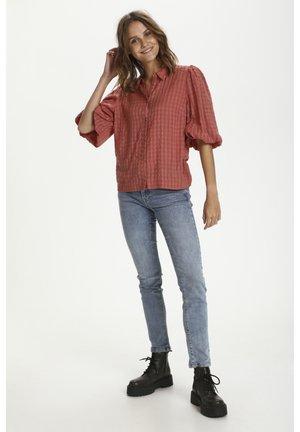 HIRLISZ - Button-down blouse - brick dust