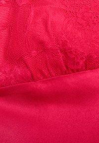 LingaDore - Nightie - red - 5