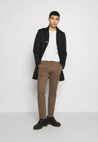 DRYKORN - SKOPJE - Short coat - black - 1