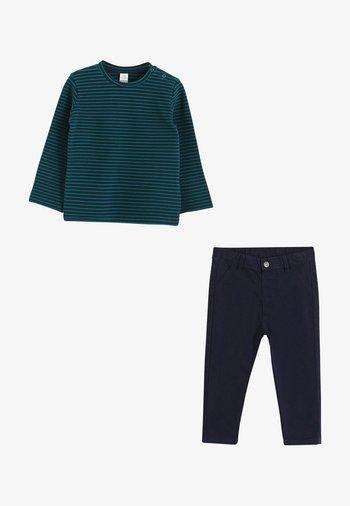SET - Trousers - green