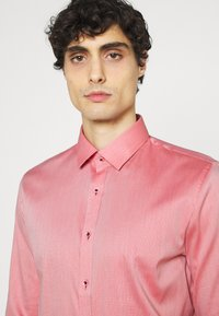 OLYMP No. Six - Formal shirt - rot - 3