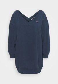 Tommy Jeans Curve - TJW V-NECK SWEAT DRESS - Day dress - twilight navy - 3