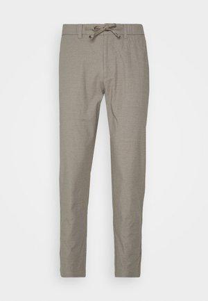 JENS - Spodnie materiałowe - brindle