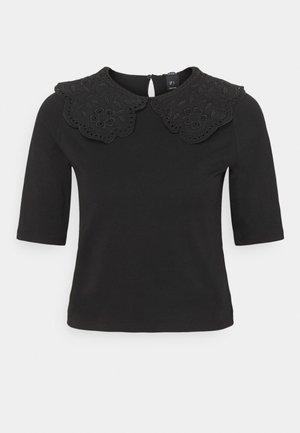 AMALIA - Print T-shirt - black