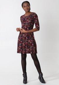 Indiska - BERRY  - Vestito di maglina - burgundy - 1