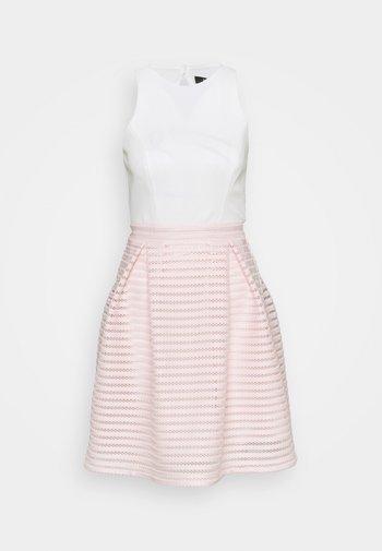 Vestido de cóctel - peach blush/ivory