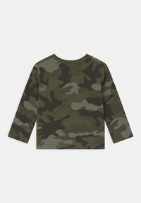 GAP - TODDLER BOY  - Longsleeve - green - 1