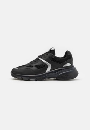 BROOKLYN - Trainers - black