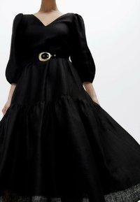 Uterqüe - Korte jurk - black - 4
