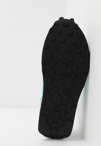 Nike Sportswear - DAYBREAK - Trainers - vast grey/blue fury/summit white/white/black - 6