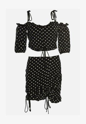 SET - Pencil skirt - black